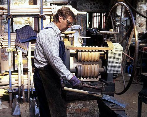 Blacksmith making a spade at Patterson's Spade Mill